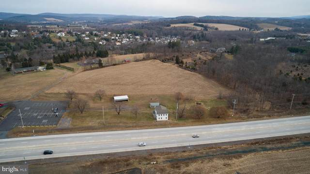 1305 Centre Turnpike, ORWIGSBURG, PA 17961 (#PASK134004) :: The Heather Neidlinger Team With Berkshire Hathaway HomeServices Homesale Realty