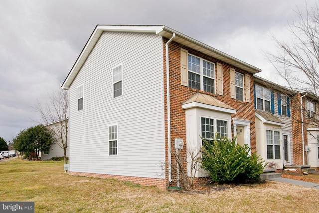 401 Chatham Square, WINCHESTER, VA 22601 (#VAFV161814) :: The Riffle Group of Keller Williams Select Realtors