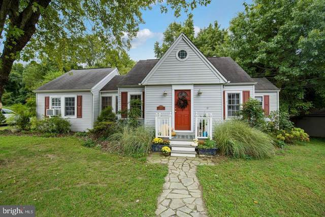 1427 Mildred Place, EDGEWATER, MD 21037 (#MDAA457156) :: LoCoMusings