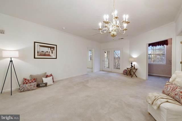 2604 Chapel Lake Drive #406, GAMBRILLS, MD 21054 (#MDAA457206) :: Jacobs & Co. Real Estate