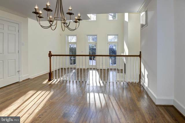 3934 Georgetown Court NW, WASHINGTON, DC 20007 (#DCDC504504) :: The Sky Group
