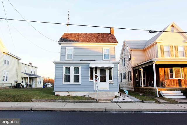313 S Pleasant Avenue, DALLASTOWN, PA 17313 (#PAYK151930) :: Flinchbaugh & Associates