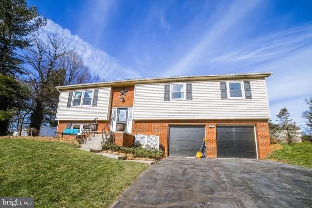 2615 Breezewood Drive, LANCASTER, PA 17601 (#PALA176446) :: Linda Dale Real Estate Experts