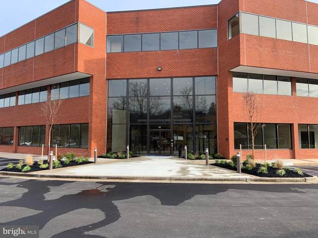 4 Taft Court #125, ROCKVILLE, MD 20850 (#MDMC742014) :: The Licata Group/Keller Williams Realty