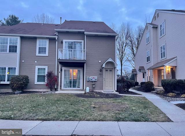 808-B Sedgefield Drive, MOUNT LAUREL, NJ 08054 (#NJBL390222) :: Daunno Realty Services, LLC