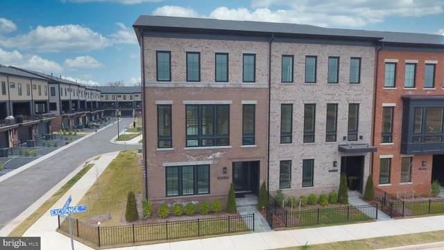 20213 Exchange Street, ASHBURN, VA 20147 (#VALO429612) :: Bic DeCaro & Associates
