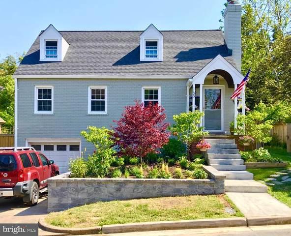 1120 19TH Street S, ARLINGTON, VA 22202 (#VAAR175606) :: Pearson Smith Realty