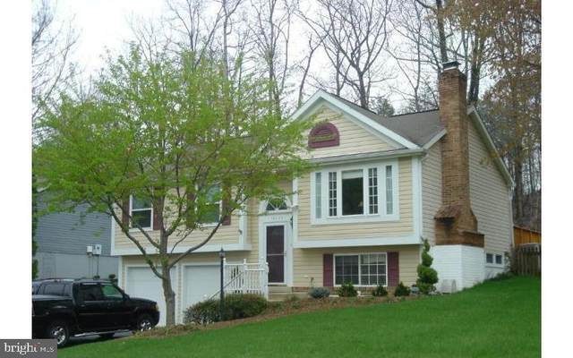 16129 Olmstead Lane, WOODBRIDGE, VA 22191 (#VAPW513816) :: Arlington Realty, Inc.