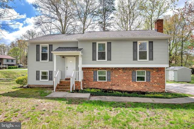 915 Stonewall Lane, FREDERICKSBURG, VA 22407 (#VASP228552) :: The Miller Team