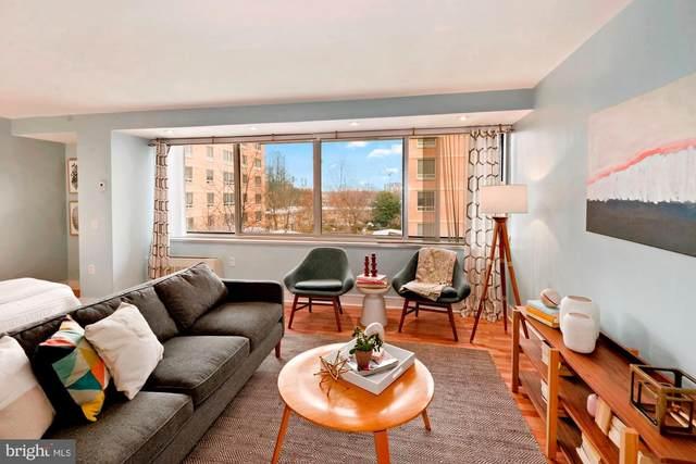 800 4TH Street SW S210, WASHINGTON, DC 20024 (#DCDC506738) :: Jacobs & Co. Real Estate