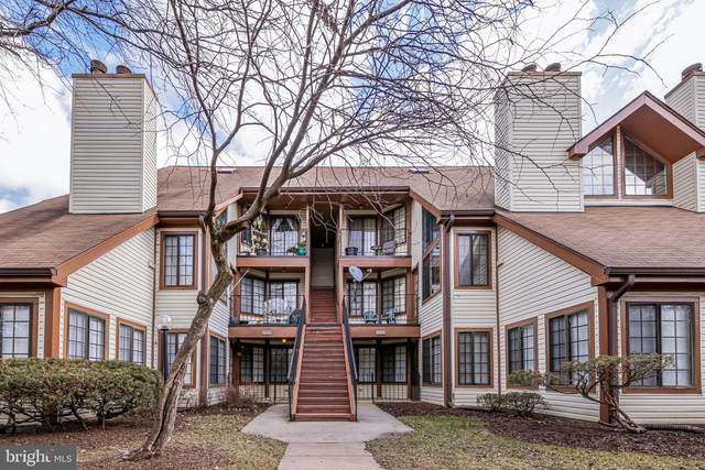 6039-A Curtier Drive A, ALEXANDRIA, VA 22310 (#VAFX1179598) :: Network Realty Group