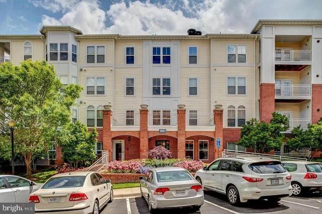 2931 Deer Hollow Way #305, FAIRFAX, VA 22031 (#VAFX1179908) :: Colgan Real Estate