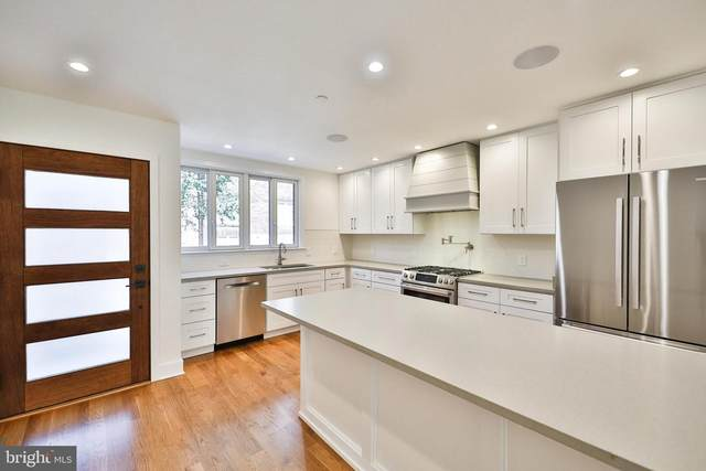 718 Kater Street, PHILADELPHIA, PA 19147 (#PAPH985810) :: The Lux Living Group