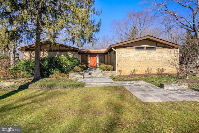 3010 Cunningham Drive, ALEXANDRIA, VA 22309 (#VAFX1180030) :: Colgan Real Estate