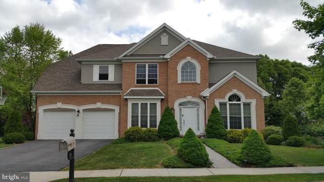 215 Taunton Drive, CARLISLE, PA 17013 (#PACB131882) :: The Joy Daniels Real Estate Group