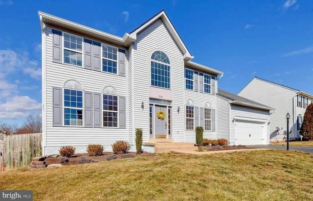 9282 Hillis Court, MANASSAS, VA 20112 (#VAPW514612) :: Blackwell Real Estate