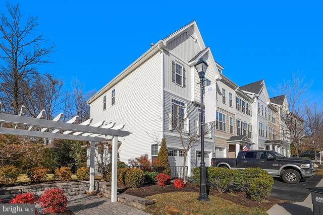 12804 Lotte Drive, WOODBRIDGE, VA 22192 (#VAPW514640) :: Jacobs & Co. Real Estate