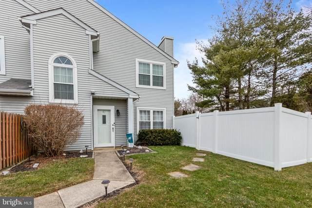 47 Bark Hollow Lane, HORSHAM, PA 19044 (#PAMC682926) :: Linda Dale Real Estate Experts