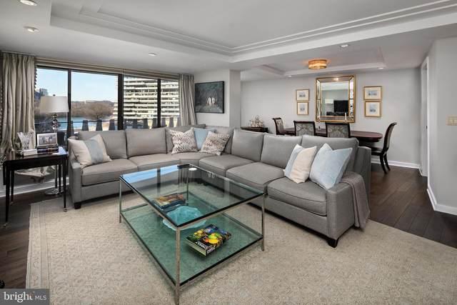 2500 Virginia Avenue NW 402-S, WASHINGTON, DC 20037 (#DCDC508264) :: The Riffle Group of Keller Williams Select Realtors