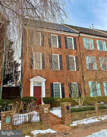 442 Tschiffely Square Road, GAITHERSBURG, MD 20878 (#MDMC744532) :: EXIT Realty Enterprises