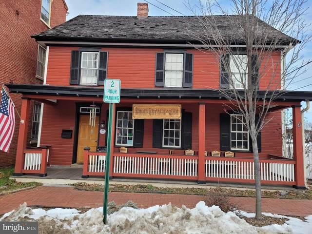 15 W Main Street, STRASBURG, PA 17579 (#PALA177404) :: Iron Valley Real Estate