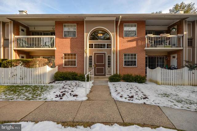 1946 Kennedy Drive #202, MCLEAN, VA 22102 (#VAFX1181236) :: Dart Homes