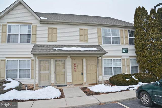 400-B Buttonwood Lane 400B, YORK, PA 17406 (#PAYK153070) :: The Heather Neidlinger Team With Berkshire Hathaway HomeServices Homesale Realty