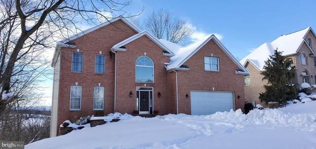 2418 Castlegreen Drive, GREENCASTLE, PA 17225 (#PAFL178070) :: Colgan Real Estate