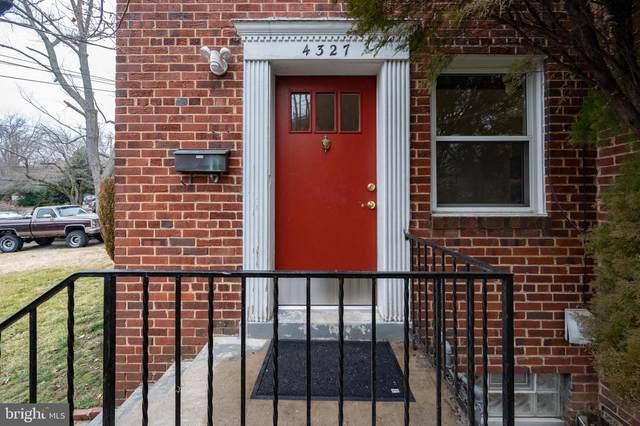 4327 Utica Avenue, ALEXANDRIA, VA 22304 (#VAAX256284) :: Nesbitt Realty
