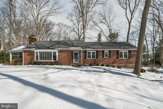 42 Sandywood Drive, DOYLESTOWN, PA 18901 (#PABU520716) :: Linda Dale Real Estate Experts