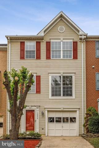 13904 Melton Place, CENTREVILLE, VA 20120 (#VAFX1181518) :: Shawn Little Team of Garceau Realty