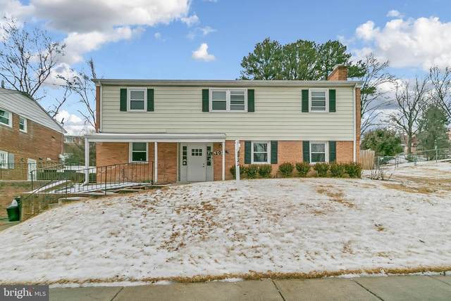 2004 Iverson Street, TEMPLE HILLS, MD 20748 (#MDPG597210) :: City Smart Living