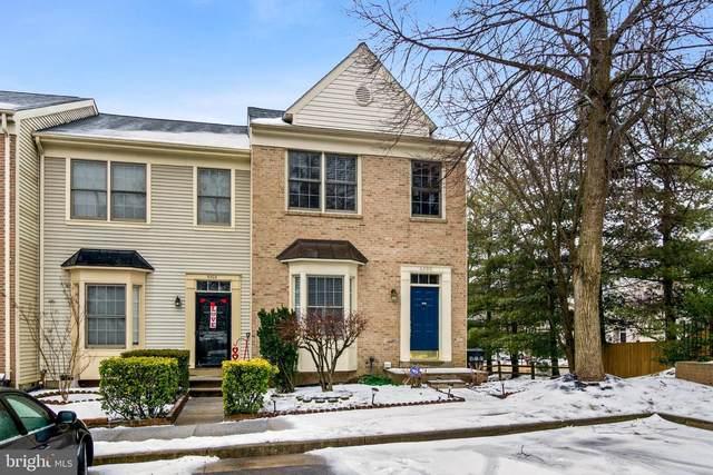 6300 Spence Place, CENTREVILLE, VA 20121 (#VAFX1181990) :: John Lesniewski | RE/MAX United Real Estate