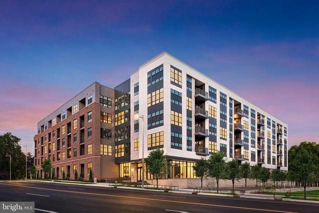 1761 Old Meadow Road #503, MCLEAN, VA 22102 (#VAFX1182040) :: Debbie Dogrul Associates - Long and Foster Real Estate