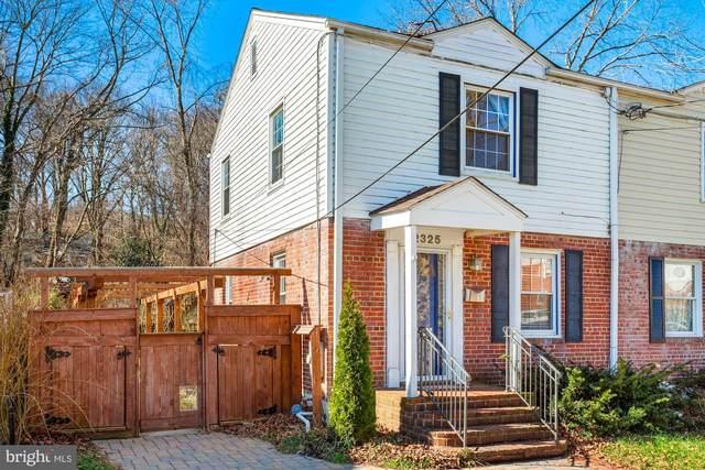 2325 Riverview Terrace, ALEXANDRIA, VA 22303 (#VAFX1182342) :: Sunrise Home Sales Team of Mackintosh Inc Realtors