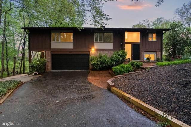 3225 Woodland Lane, ALEXANDRIA, VA 22309 (#VAFX1182456) :: Debbie Dogrul Associates - Long and Foster Real Estate