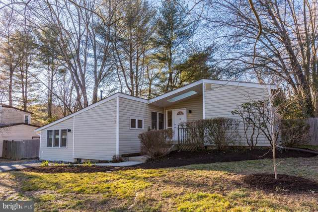 11613 Cherry Grove Drive, NORTH POTOMAC, MD 20878 (#MDMC745696) :: Potomac Prestige