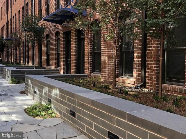 1311 E Street SE #32, WASHINGTON, DC 20003 (#DCDC509866) :: Bruce & Tanya and Associates