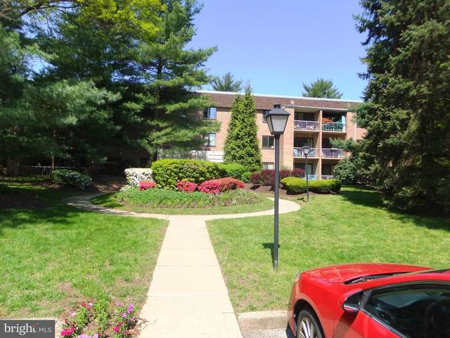 1640 Oakwood Drive W113, NARBERTH, PA 19072 (#PAMC683978) :: The Lux Living Group