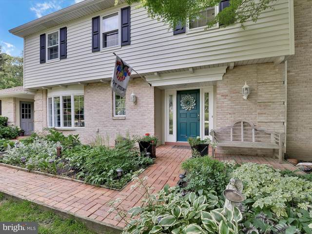 722 Dogwood Circle, YORK, PA 17403 (#PAYK153568) :: The Joy Daniels Real Estate Group