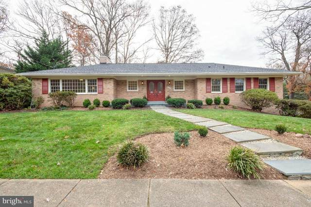7215 Marine Drive, ALEXANDRIA, VA 22307 (#VAFX1183304) :: The Riffle Group of Keller Williams Select Realtors
