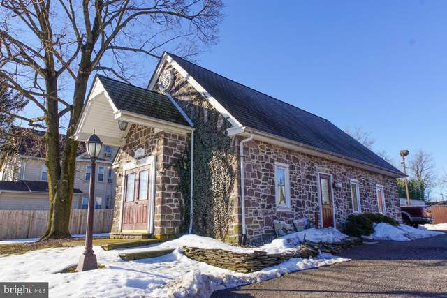 1864 S Easton Road, DOYLESTOWN, PA 18901 (#PABU521390) :: Linda Dale Real Estate Experts