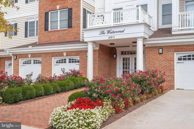 15211 Royal Crest Drive #306, HAYMARKET, VA 20169 (#VAPW515960) :: The Miller Team