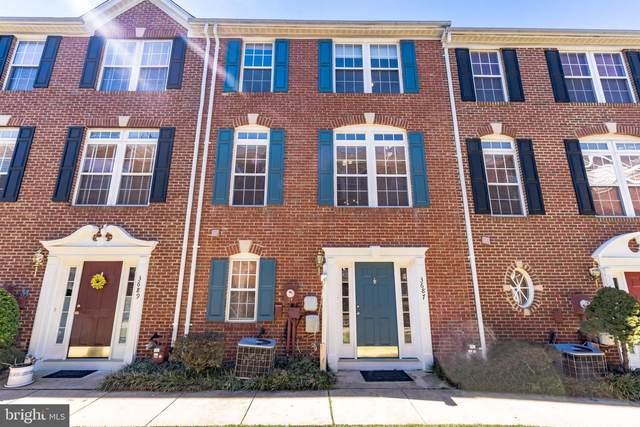 3687 Madison View Lane, FALLS CHURCH, VA 22041 (#VAFX1183822) :: Debbie Dogrul Associates - Long and Foster Real Estate