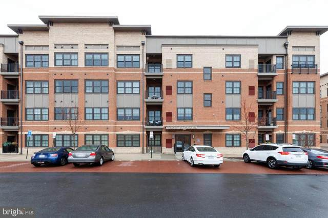 2903 Bleeker Street 5-208, FAIRFAX, VA 22031 (#VAFX1183918) :: The Vashist Group
