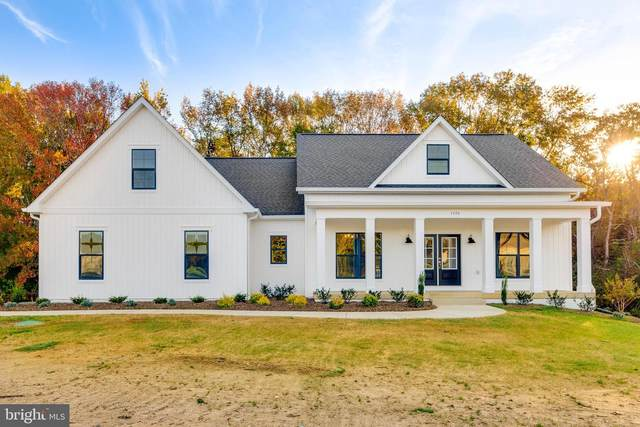 7464 Sugar Cane Court, CHARLOTTE HALL, MD 20622 (#MDCH222328) :: Sunrise Home Sales Team of Mackintosh Inc Realtors