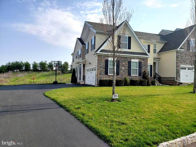 2047 Pleasant Valley Drive, LANSDALE, PA 19446 (#PAMC684516) :: Bob Lucido Team of Keller Williams Lucido Agency