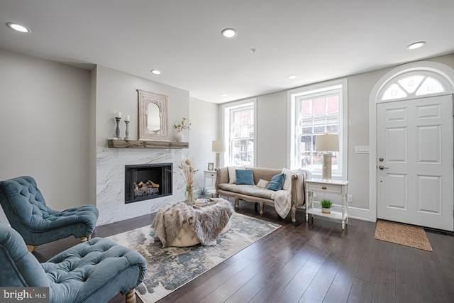 950-52 S Front Street, PHILADELPHIA, PA 19147 (#PAPH994276) :: Linda Dale Real Estate Experts