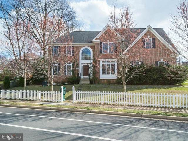 2412 6TH Street S, ARLINGTON, VA 22204 (#VAAR177614) :: Debbie Dogrul Associates - Long and Foster Real Estate