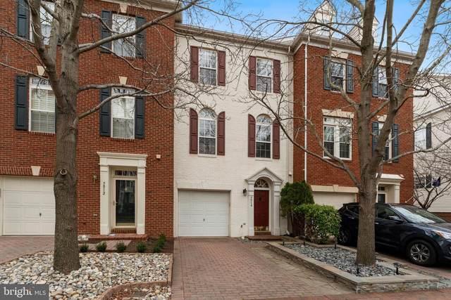 5014 Grimm Drive, ALEXANDRIA, VA 22304 (#VAAX257110) :: Colgan Real Estate